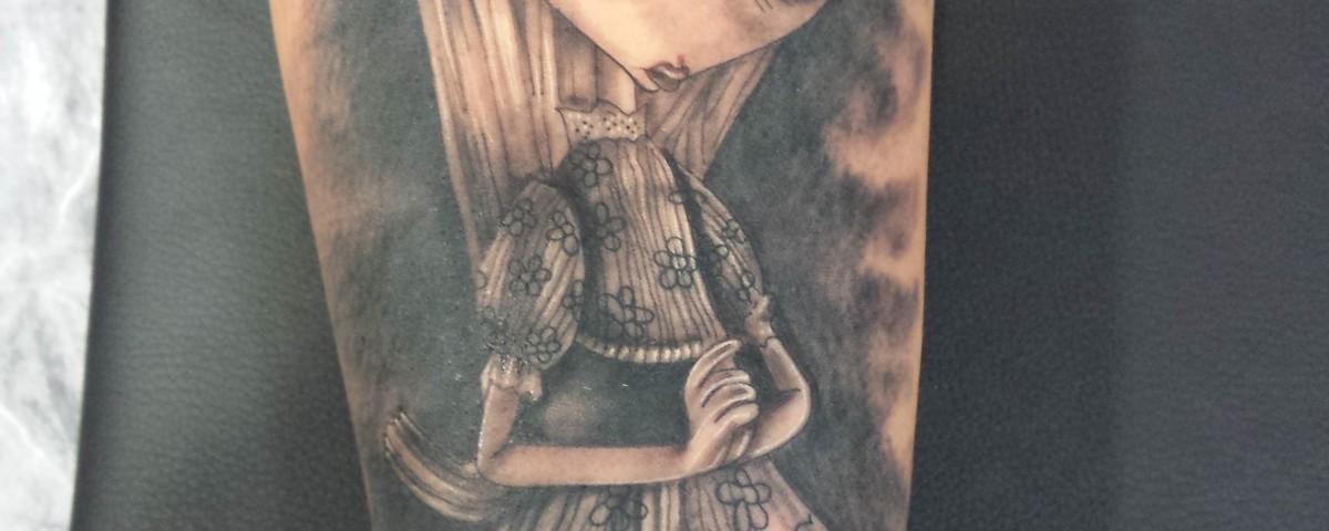 muñeca-Jorge García-Tatuajes l'Eliana