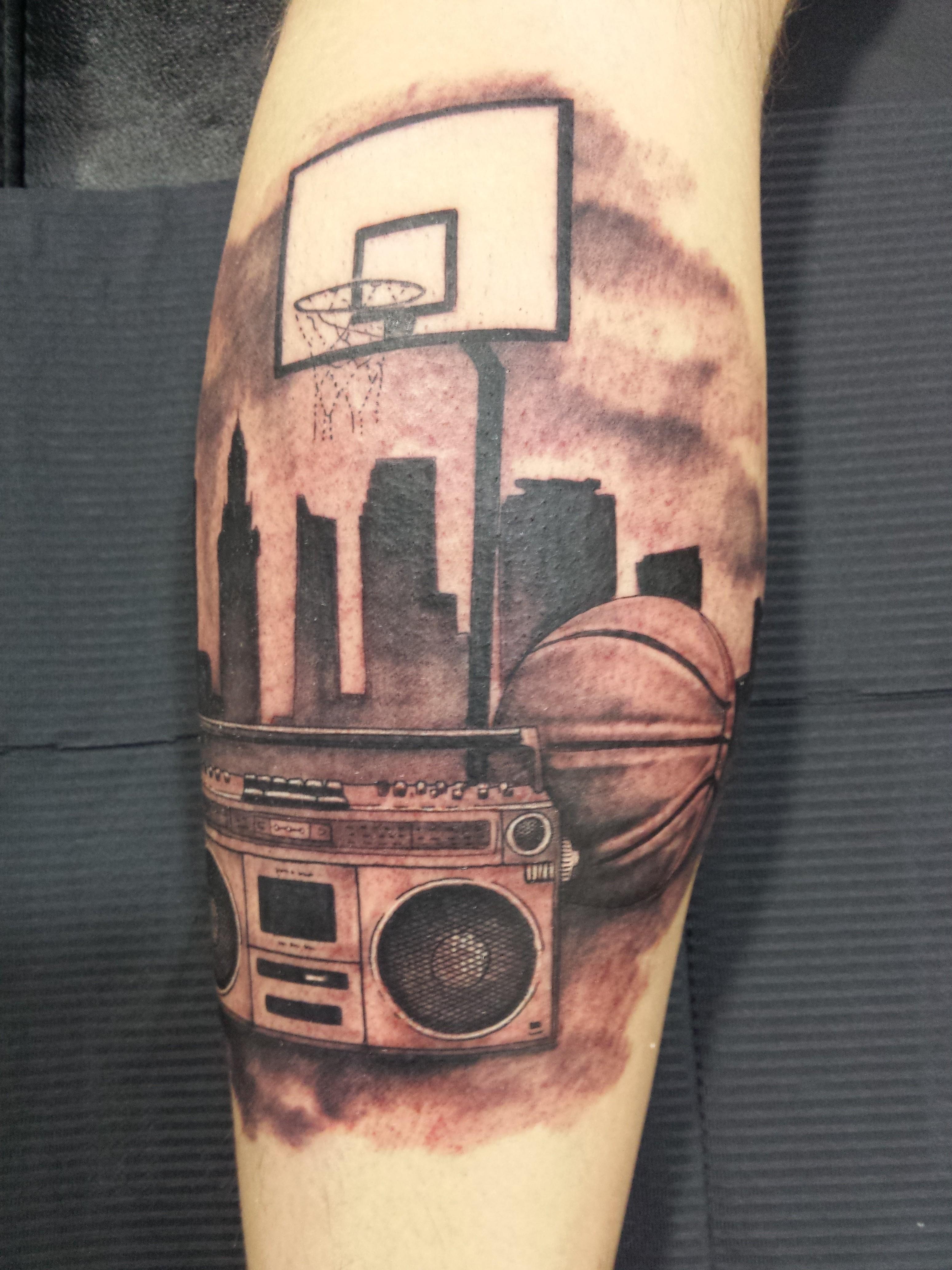 tatuaje basket-radiocasette-rap-hip hop-jorge garcía-Tatuajes L'Eliana